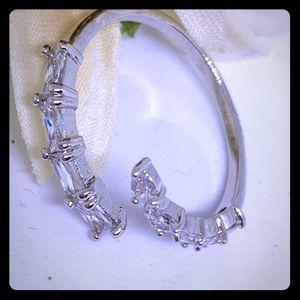 Adjustable Crystal Ring - [JW-124]